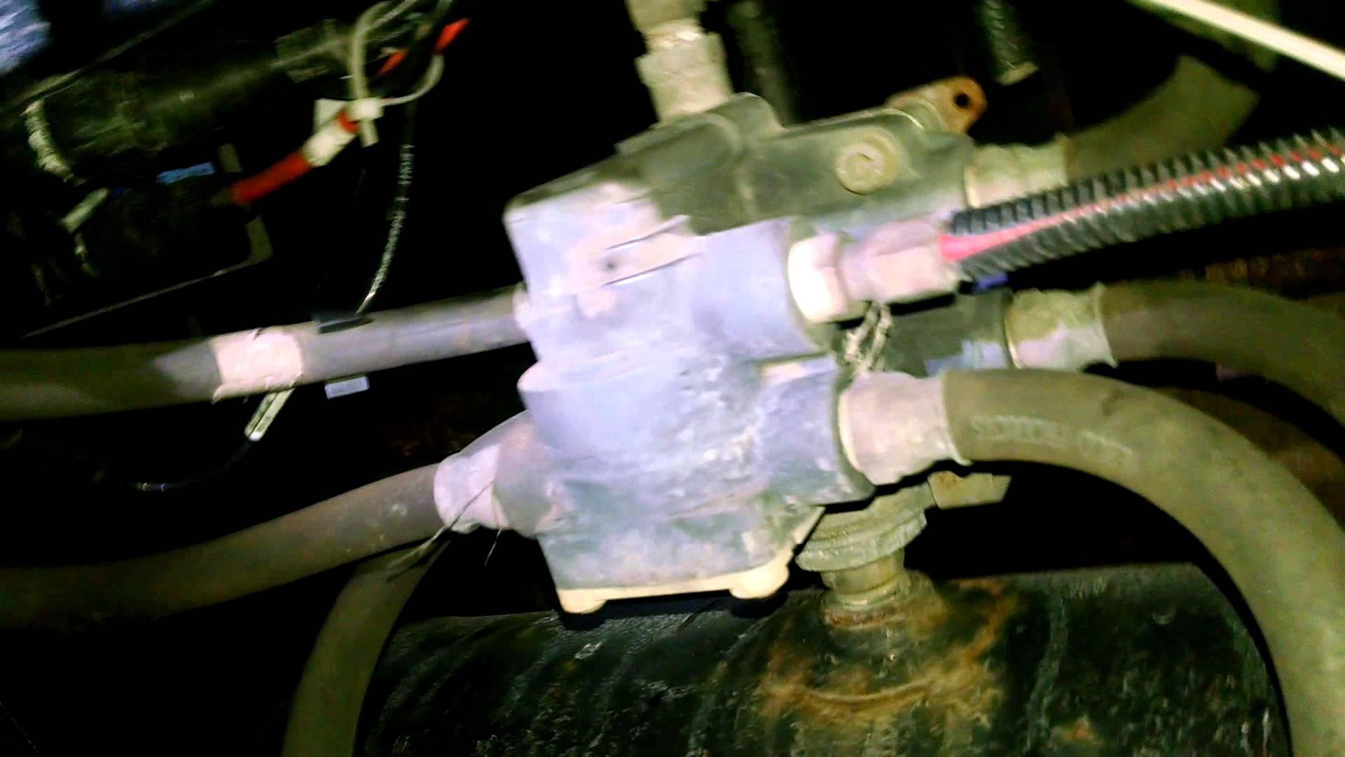 Trailer air valve