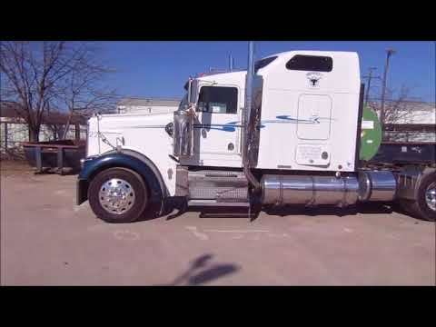 2001 Kenworth W900B semi truck for sale | no-reserve Internet auction January 18, 2018