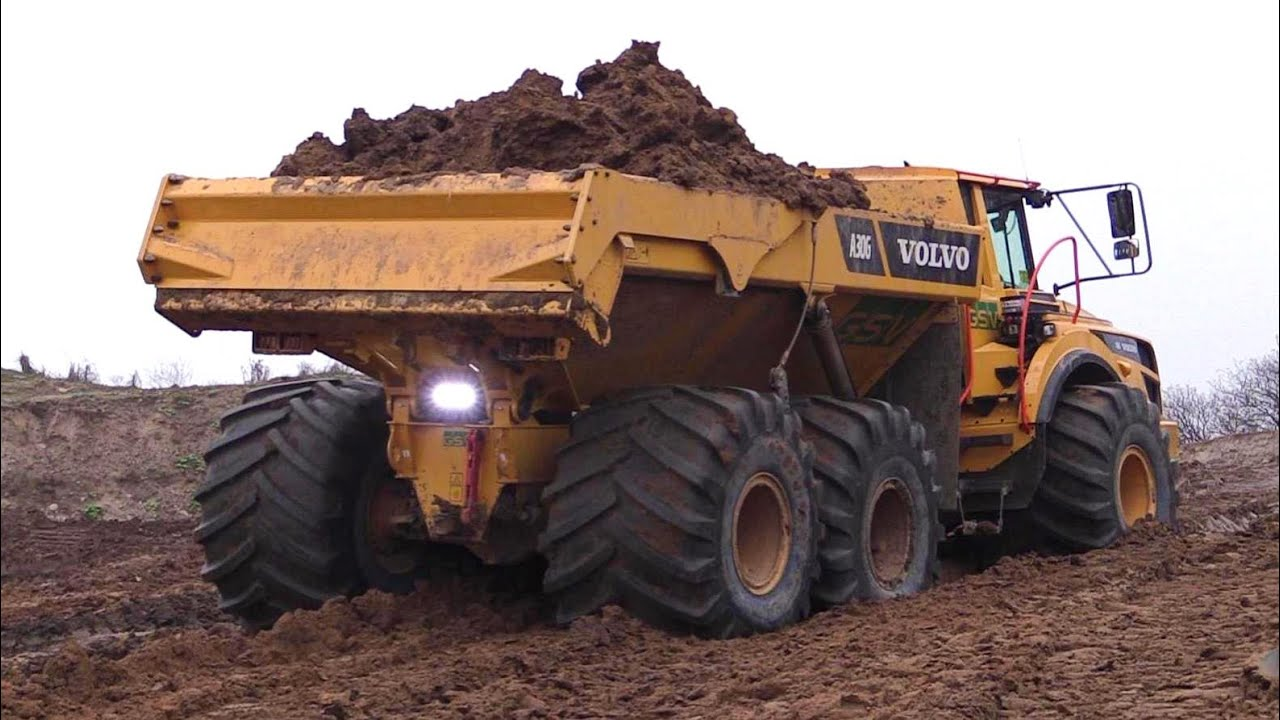Volvo A30G Dumper With 1 Meter Wide LGP Tires Vs A40F With None LGP Tires