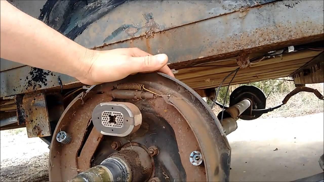 Broken Trailer Axle Fix