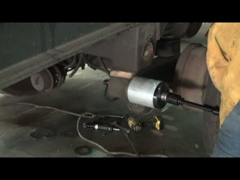 semi truck air line fitting repair