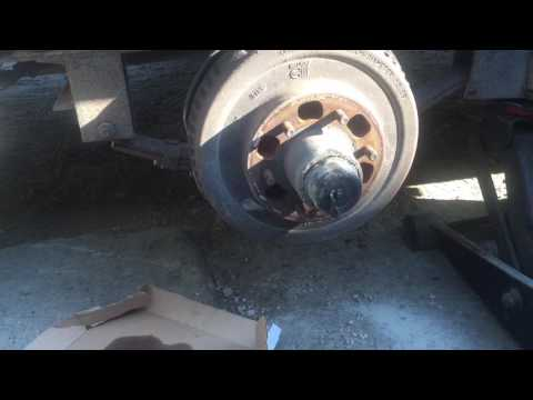how to repair  trailer brakes