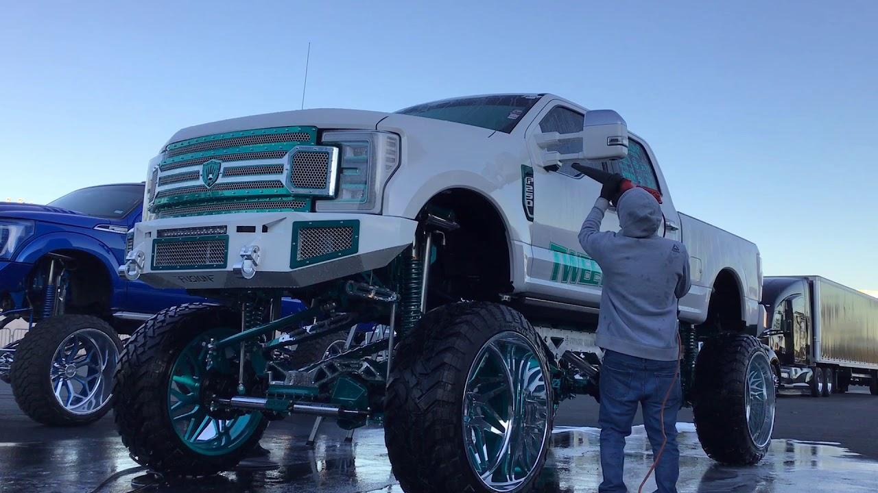 Sema 2019 Tweety tires Detail