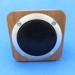 10cm四方の立方体ながらステレオスピーカー「Bluetoothスピーカー ZBJPF3/ZENBRE」レビュー