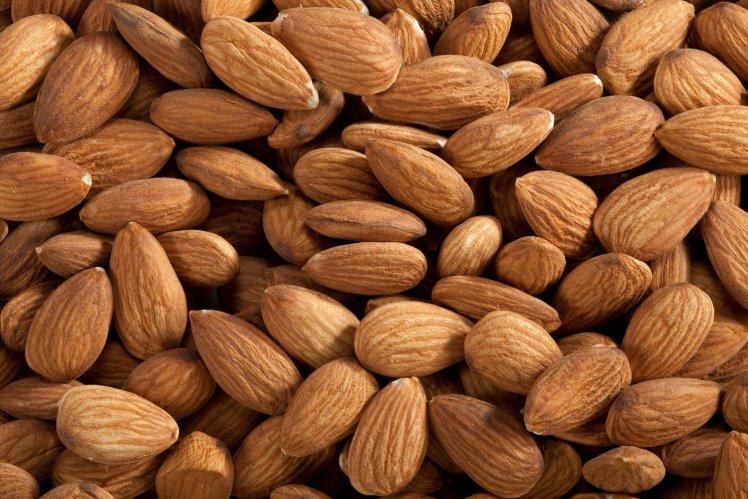fancy-almonds-raw_4