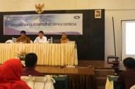 Narasumber Kegiatan Sosialisasi dan UKBI dari Badan Pengembangan dan Pembinaan Bahasa