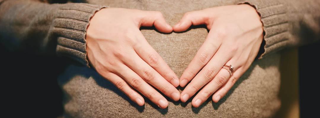 Istri Sedang Hamil, Dapatkah Menggugat Cerai Suami?