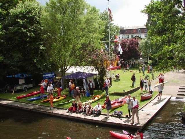 Der Alster Canoe Club in Hamburg-Eppendorf ist eine Kanu Station.