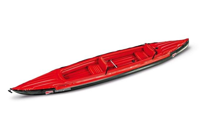 Ein aufblasbares Kanu von der Marke Grabner.