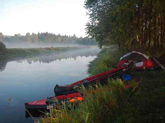 Der Grabner ADVENTURE eignet sich auch optimal für Camping Touren.