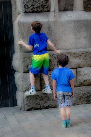 Climbing walls-1