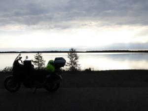Frühes Moped frisst die Strasse... nicht wirklich witzig, war noch zu früh!