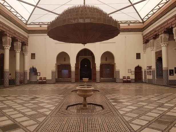 musuem marrakesh bronzen lamp