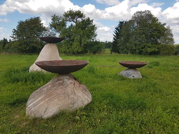 sculpture open-air art museum pedvale