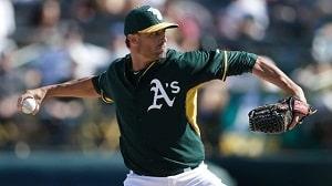 Matt Buschmann pitching