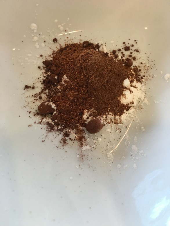 Arrowroot powder + Cocoa Powder + Cinnamon + Nutmeg