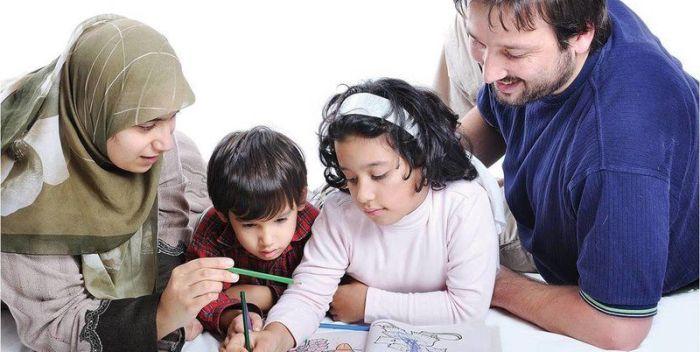 Mendidik Anak Agar Tumbuh Cerdas? Ini Yang Harus Anda Dihindari!