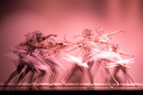 14496087471_b5787672d1_dance