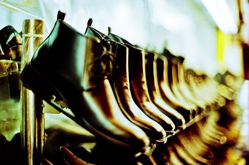 1466645239_a31fb7e06c_shoes