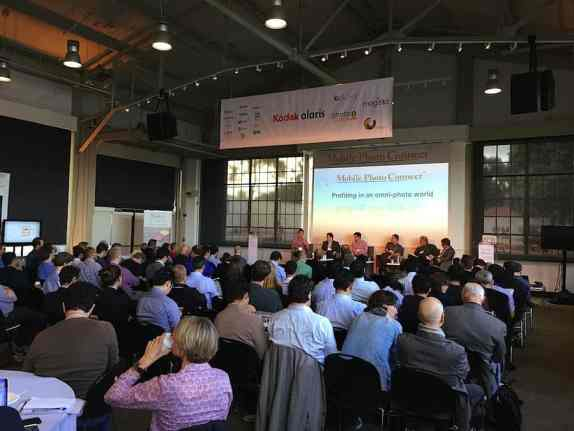 Last year's Mobile Connect brought in a full house of industry experts.