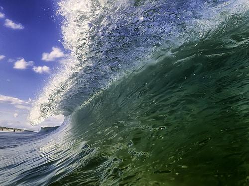 28235826616_0522beb4d0_wave
