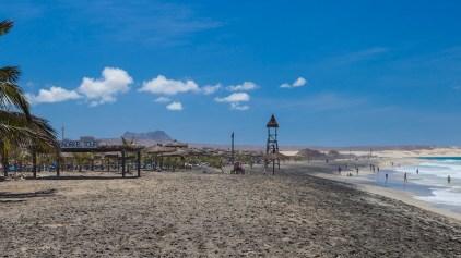Tourist-Beachfront_Boavista_Kap_Verden