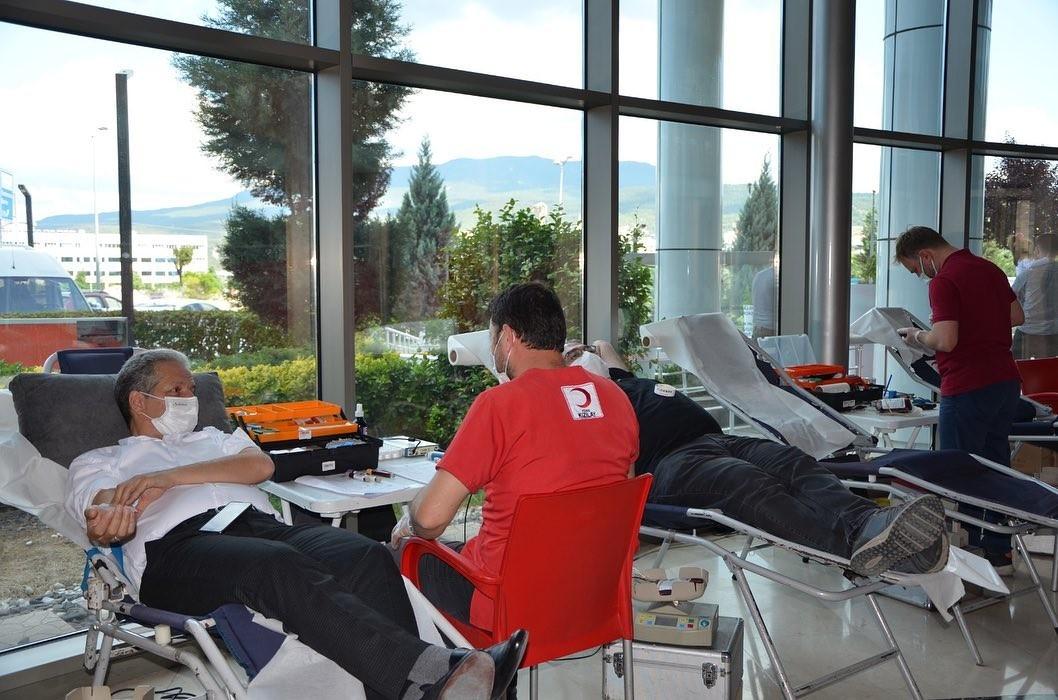 Medikar'dan Türk Kızılay'ına kan desteği