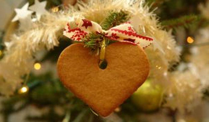 Karácsonyi díszek házilag: A praktikus mézeskalács