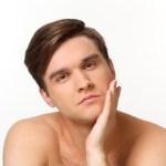 男性の肌が白いことに対しての女性の本音とスキンケアの重要性
