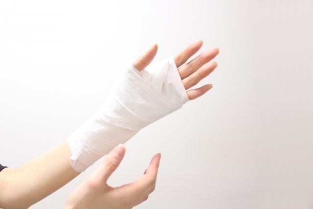 骨折したときの全治期間の目安・治療法・早期回復への工夫