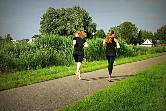 jogging-1509003_640