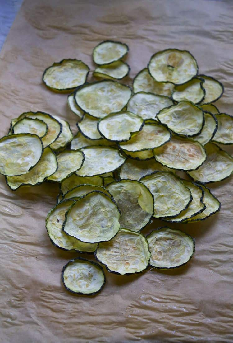 Flavored Zucchini Chips   The Foodie Dietitian @karalydon