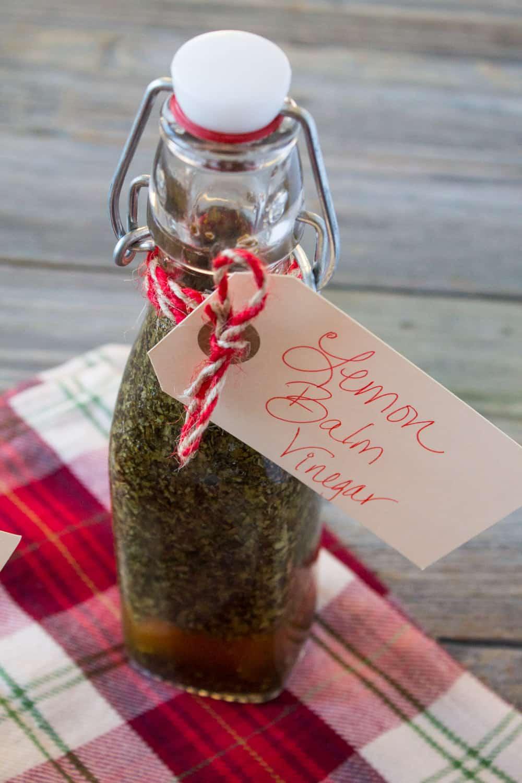 DIY Holiday Gift- Herb Infused Vinegar-3