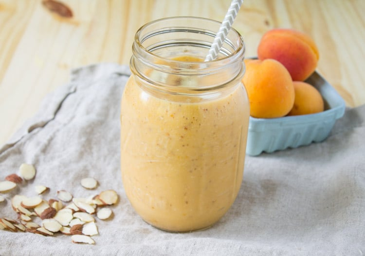 Roasted Apricot Almond Smoothie -4