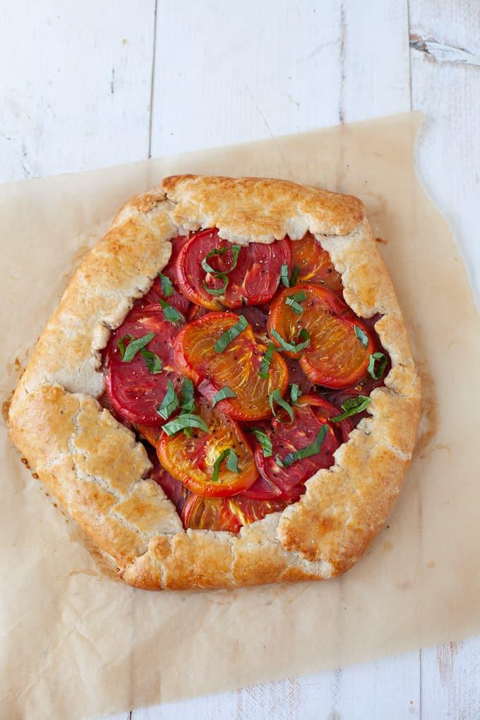 Tomato basil galette #vegetarian #summer