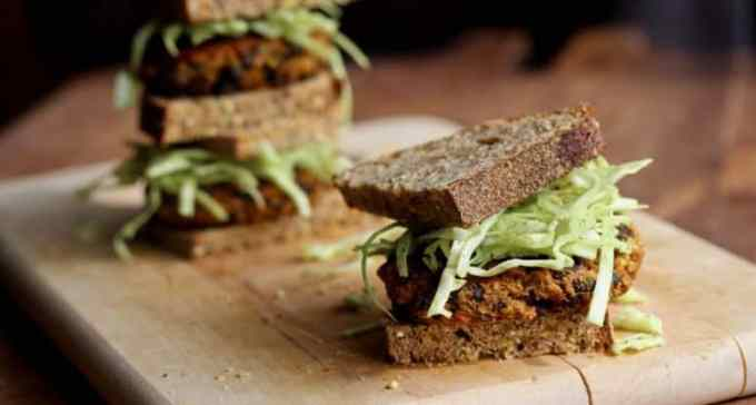 pumpkin black bean burgers