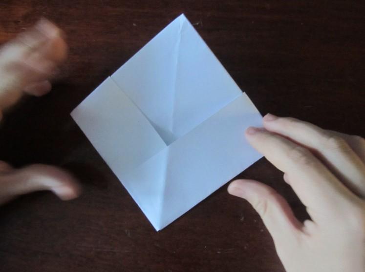 Как сделать кораблик из бумаги? Инструкция складывания бумажного кораблика своими руками этап 22