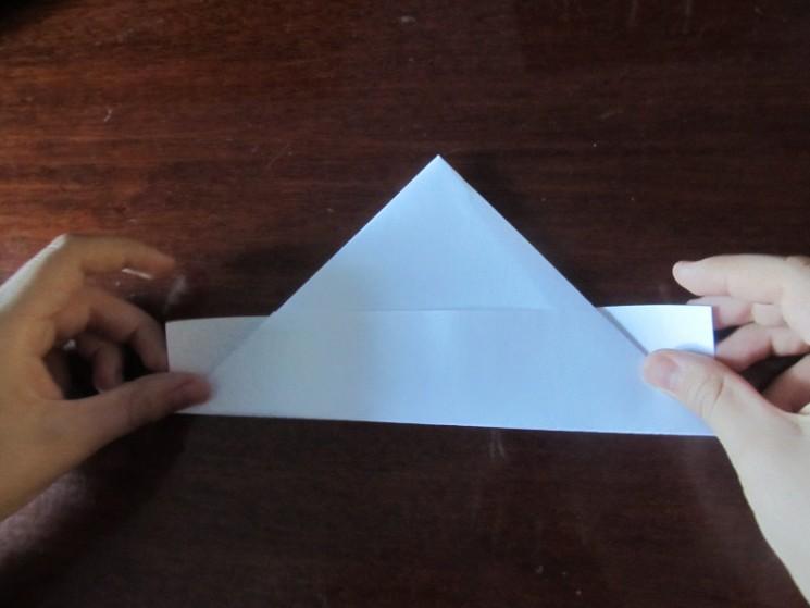 Как сделать кораблик из бумаги? Инструкция складывания бумажного кораблика своими руками этап 15