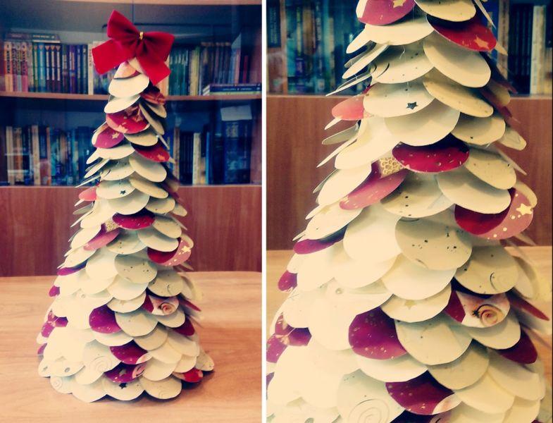 Árvore de Natal com as mãos para o ano novo e # 8212; Ideias fotográficas e mestres estágio de classes 93