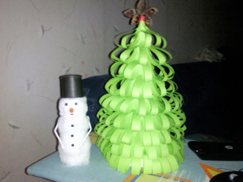 Χριστουγεννιάτικο δέντρο με τα χέρια σας για το Νέο Έτος & # 8212; Ιδέες φωτογραφιών και κύρια μαθήματα Στάδιο 136