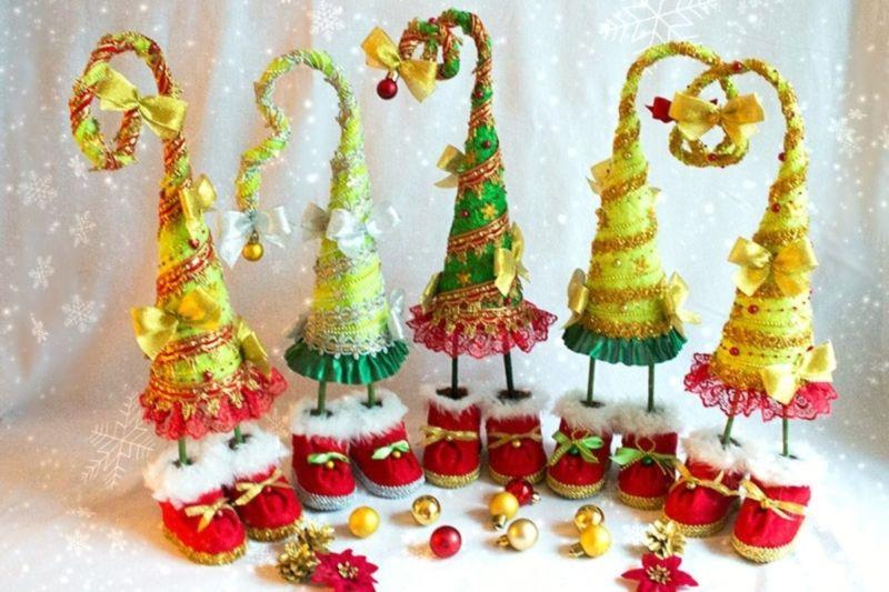 Árvore de Natal com as mãos para o ano novo e # 8212; Ideias fotográficas e mestres estágio de classes 25