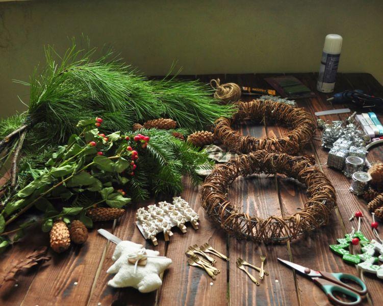 Жаңа жылдық гүл шоқтарын өзіңіз жасайды. Үй сатысында гүл шоқтарын өндіруге арналған 12 шеберлік сабағы 33