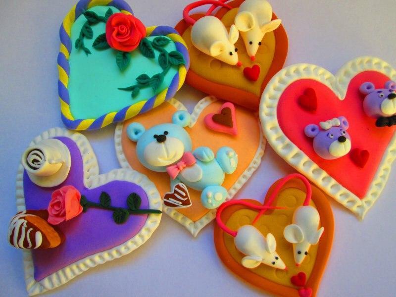 वेलेंटाइन दिवस के लिए DIY बच्चों के लिए अपने हाथों से: 14 फरवरी चरण 18 को शिल्प के सबसे सुंदर विचार
