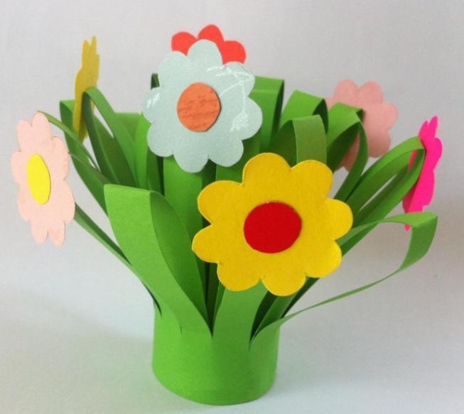 Paper Flowers & # 8212; Mga scheme at mga template para sa paglikha ng mga kulay ng papel na yugto 69.