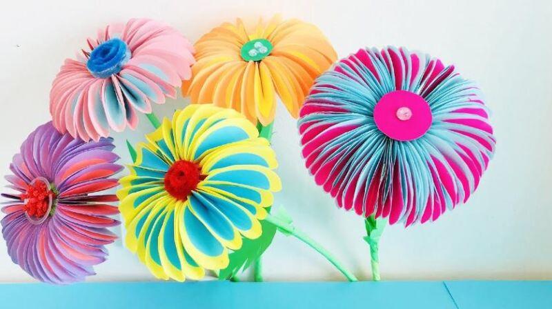 Paper Flowers & # 8212; Mga scheme at mga template para sa paglikha ng mga kulay ng papel na yugto 1.