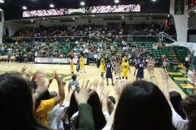 It's odd what they do here during freethrows. Spirit fingers? @ The DONS vs SAN DIEGO game at the War Memorial Gym