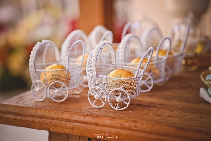 Karas Party Ideas Baby Carriage Favors From A Little Lamb