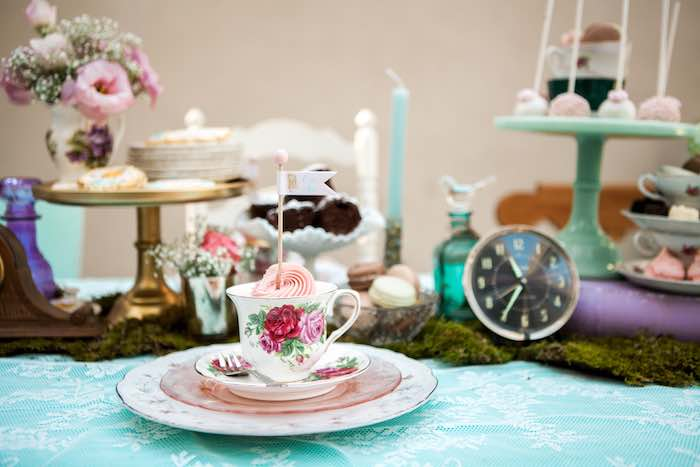 simple finest place setting from a shabby chic alice in wonderland birthday party via karaus party ideas with dco rcup chic with style shabby chic rcup