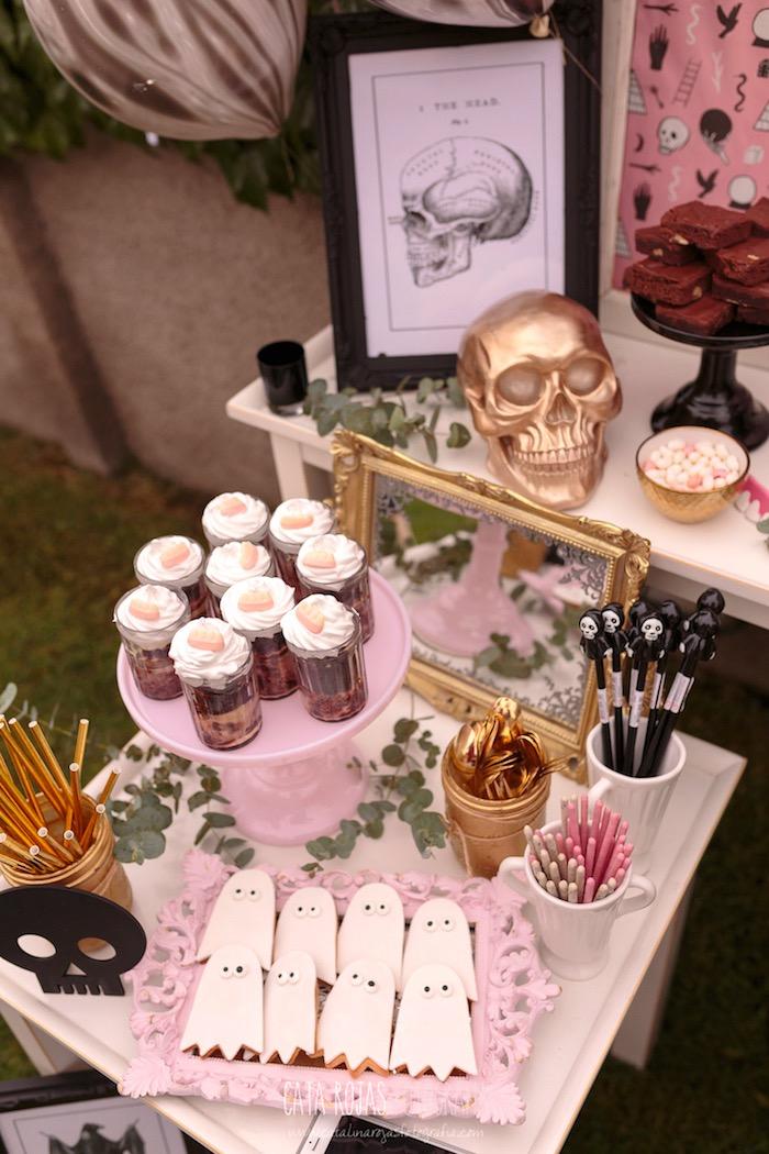 Halloween Treat Table Ideas