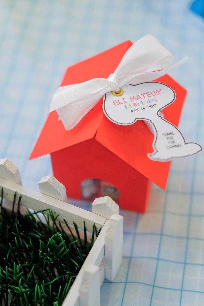 red kitchen table set memphis cabinets kara's party ideas peanuts + snoopy birthday | kara ...